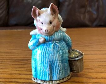 Beatrix Potter's Aunt Pettitoes-F. Warne & Co. Ltd. Copyright 1970, Beswick, England