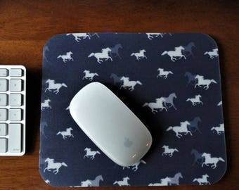 Horse Lover's Mouse Pad // Gifts Under 15 // Custom Mousepads // Gifts for Horse Lovers