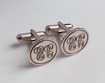 Groom Wedding Gift,Silver Men CuffLinks,Engraved Circle Monogram CuffLinks,Gift for Fathers Day,Elegant Monogrammed Cufflinks
