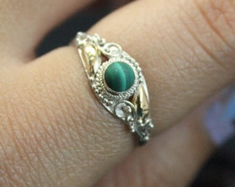 Vintage Green Malachite 14k Gold Plated Silver Ring | Asymmetrical Vintage Silver Ring | Victorian Style Ring | Thin Stacking Malachite Ring