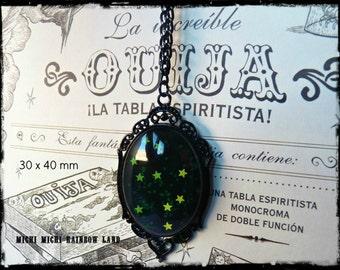 Raining Stars Gothic Necklace - Black gift box included