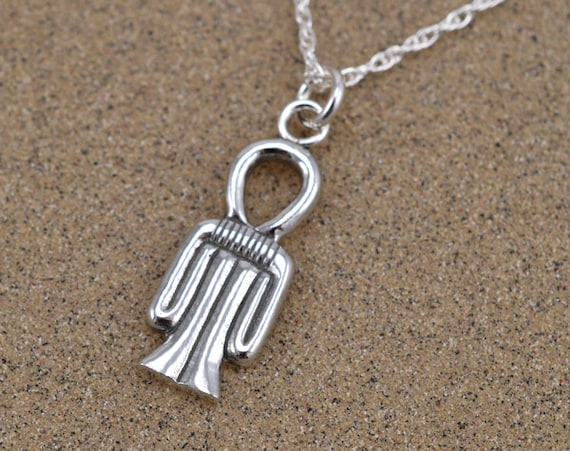Tyet amulet pendant necklace sterling silver mozeypictures Choice Image