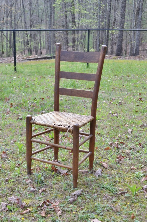 Vintage Wooden Ladder Back Chair Woven Seat Rustic Primitive