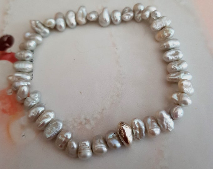 Grey Biwa Freshwater Pearl stretch bracelet with Sterling Silver nugget bead
