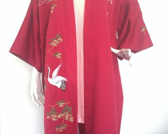 Vintage 80s full length kimono robe in scarlet with embroidery