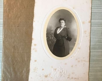 ID'd French Woman (1900s) - Cabinet Card