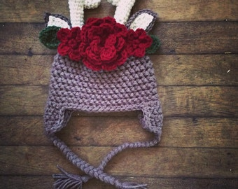 Deer hat with floral accents.  Newborn photo prop