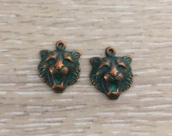 Lion Charms, Animal Charms, Copper Patina, 2 pcs