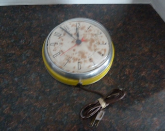 Vintage Westclox Kitchen Wall Clock - Yellow -Not Working-For Parts