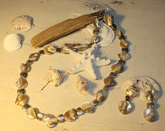 Mother of Pearl Natural Color Necklace and Earing Set with Silver Accents 18 Inches