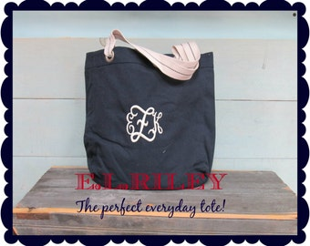 Monogrammed Tote Bag, Personalized Gift Bag, Bridesmaid Gift Tote
