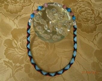 Collier ROSE et BLEU en perles de rocaille