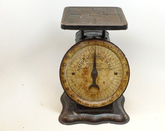 Antique Scale - Antique 24 Pound Scale - Kitchen Antique - Kitchen Primitive - National Family Scale - American Cutlery Co - Chicago