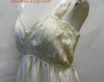 Vintage Ivory White Satin Night Gown / Medium size 8 10 12 / Lily of France 1980s / Romantic Floor Length