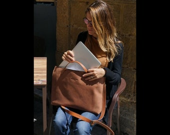 Leather Tote Bag made with the highest quality full grain leather, Laptop bag, Mens bag, Crossbody bag