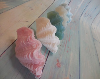 Seashell Soap - Clam Soap - Shell Soap - Clam Shell Soap - Sea Shell Soap - Nautical Favor - Destination Wedding Favor - Beach Bathroom Soap