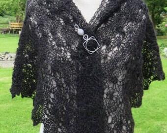 Handspun Black Alpaca Shawl or Wrap in a Pretty Lace Daisy Pattern