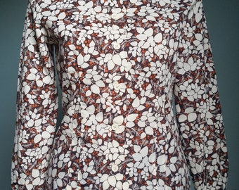Vintage 1970s floral polyester blouse autumn colours floral foliage pattern