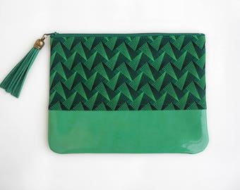 Zipper Pouch, Green Phone Pouch, Shweshwe Pouch, Clutch, South African Print, Handmade Pouch, Bag Organizer, Gifts for Her, Zippered Clutch