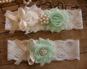 Garter / Wedding Garters / Lace Garter / Mint / Ivory / Bridal Garter / Toss Garter / Vintage Inspired / Mint Garter