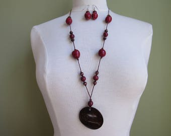 Mother's Day Gift, Red Tagua Necklace, Eco friendly Necklace, Tagua nut Necklace, Red Necklace, Tagua Jewelry Tagua nut jewelry