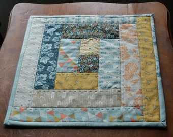 Table mat, table quilt, quilted candle mat, quilted centerpiece, table topper, mini quilt, candle mat, quilted table runner, wax warmer mat