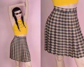 90s Plaid Pleated Skirt/ US 6/ 1990s/ Tartan