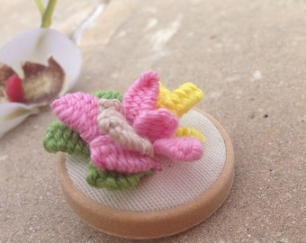 Tiny flower brooch, pink yellow and green brooch, embroidered brooch, nature brooch, gifts for woman, ready to ship, romantic tiny brooch