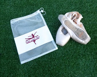 Personalised Ballet Shoe Bag, Pointe Shoe Bag, Drawstring Dance Bag, Bright Mesh Bag, Embroidered Ballerina with Name, Gift for Dancer