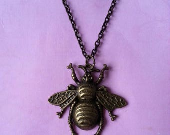 ♥ ♥ Bee metal pendant bronze ♥