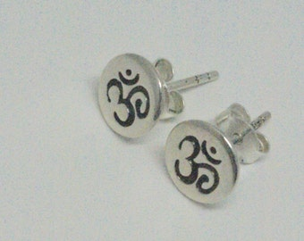 Sterling Silver Ohm Post Earrings, Aum Studs, Hindu Jewelry, Sterling Silver Om Stud Earrings, Tiny Studs, Gift for Yogi, Yoga Jewelry