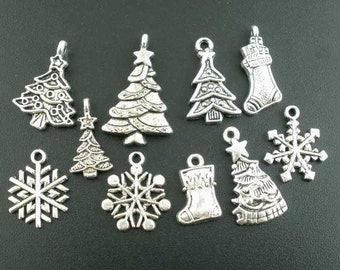 40 Christmas Charms Antique Silver, Assorted Christmas Pendants, 2718, 301a