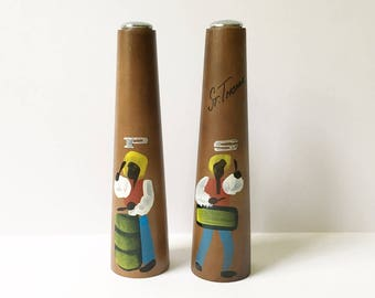 Modern Salt and pepper shakers St Thomas souvenir Hand painted Cherry wood 1960s
