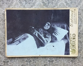 Antique Post Mortem Cabinet Card Photo of Woman