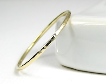 Thin Gold Ring, Thin Wedding Band, Skinny Gold Stacking Ring, Thin 9K or 18K Gold Ring, Solid Gold Dainty Ring, Hammered Ring, Knuckle Ring