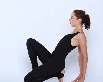 Multi functional catsuit - unitard with optional stirrups - yoga leggings - dance wear - athleisure. Black - Misty grey. Size SM and ML