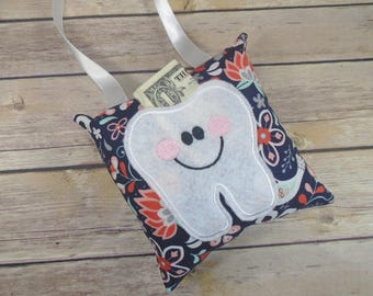 Girl Tooth Fairy Pillow - Tooth Keeper - Kids Pillow - Tooth Fairy Gift - Tooth Fairy - Loose Tooth - Tooth Fairy Pillow -Floral Kids Pillow