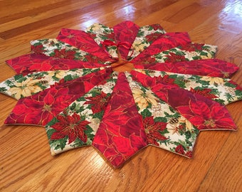 Christmas tree skirt, 26 inch diameter, table top tree skirt, mini tree skirt, holly & poinsettia tree skirt, small tree skirt, red