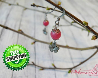 Pink Flower earrings Dangle earrings Floral jewelry Pink agate Boho Summer Romantic earrings Pink gemstone jewelry Agate beads earring Stone