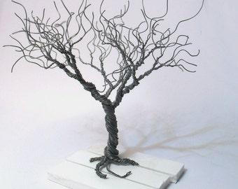 rot Art Draht-Baum-Harz-Basis roten Granat Miniatur Baum