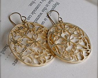 Boho-Chic Golden Filigree Earrings