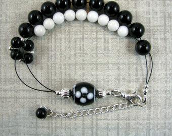 Adjustable Row Counter Knitting Abacus Bracelet -  Black Onyx Gemstone - Item No. 1092