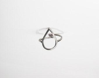 Sterling Silver Tear drop Ring, Silver Tear Drop Ring, Tear Drop Shaped Ring, Adjustable Ring, Silver Ring Drop