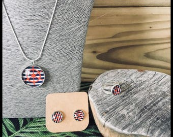 Set of navy and silver jewelry