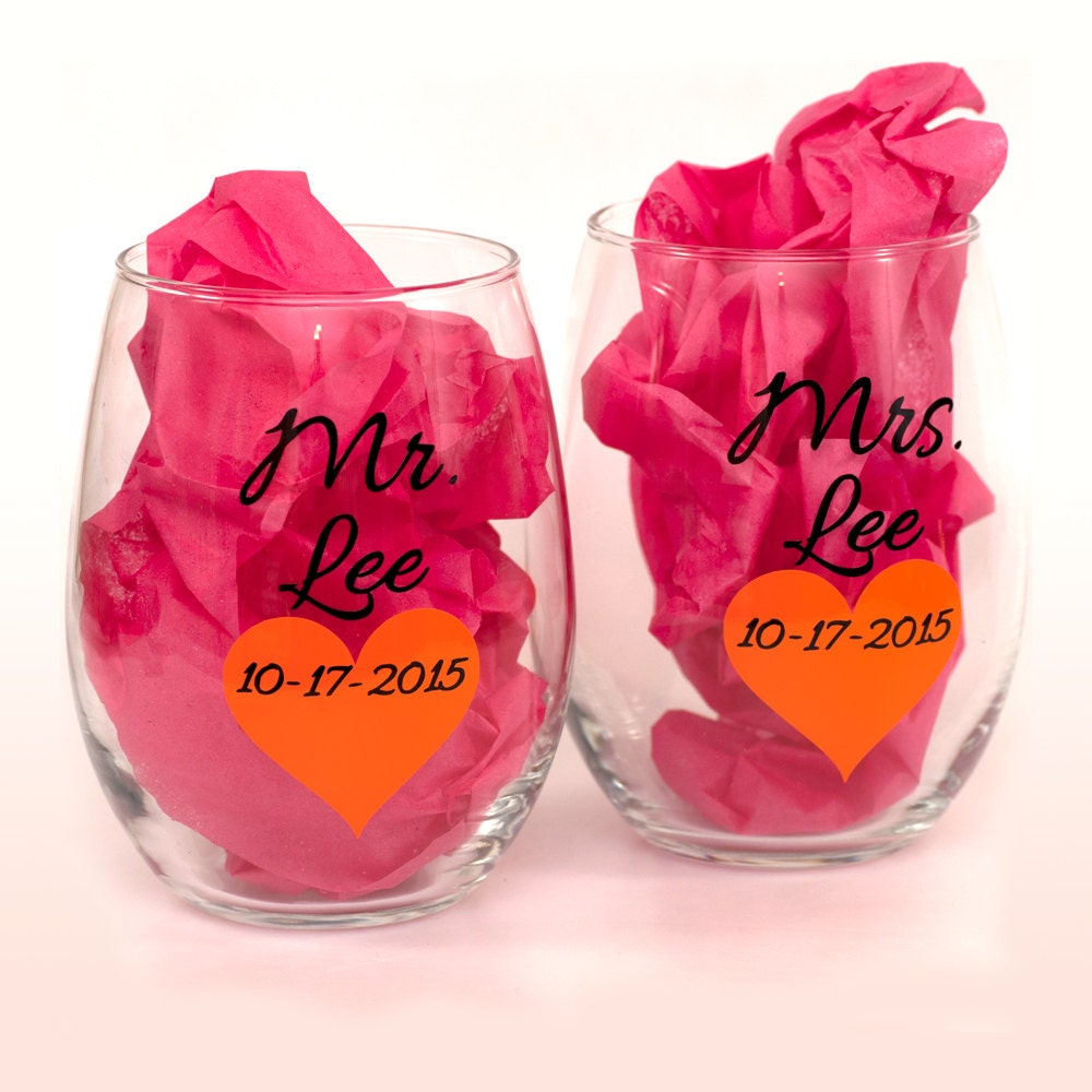 Personalized Mr and Mrs glasses with heart - Personalized stemless ...