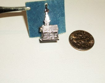 Vintage Charm 3D Silver Church with Steeple  Vintage 1960 1970    Free Shipping in the USA