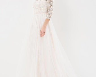 Corseted wedding dress / Fluffy skirt wedding gown / Macrame lace wedding dress / Long sleeve wedding dress