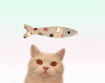 Valerian Root cat toys, handmade Valerian Sardines, cool cat toys, Gifts for cats, cat toy, Valerian toys by Freak Meowt