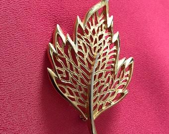 Large Vintage Filigree Gold Tone Leaf Brooch