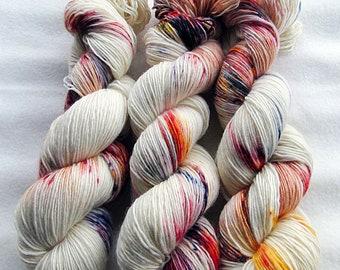 Merino SINGLE yarn, 100% Merinowool 100g 3.5 oz.Nr. 141